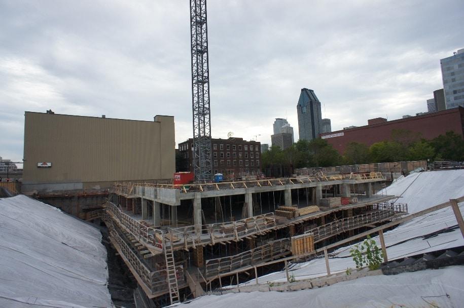 État des travaux au projet de condos 21e arrondissement, dans le Vieux-Montréal.